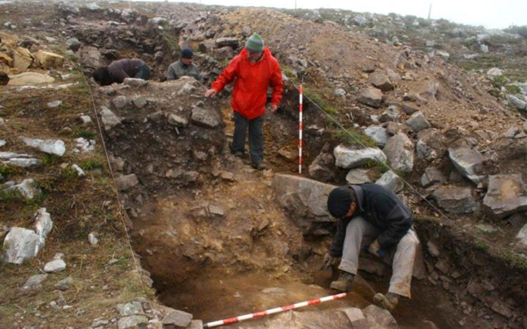 Yacimientos arqueológicos de la vía Carisa ¿Por qué el ejército romano se fortificó a más de 1.700 metros de altura? Esperanza Martín nos lo cuenta.
