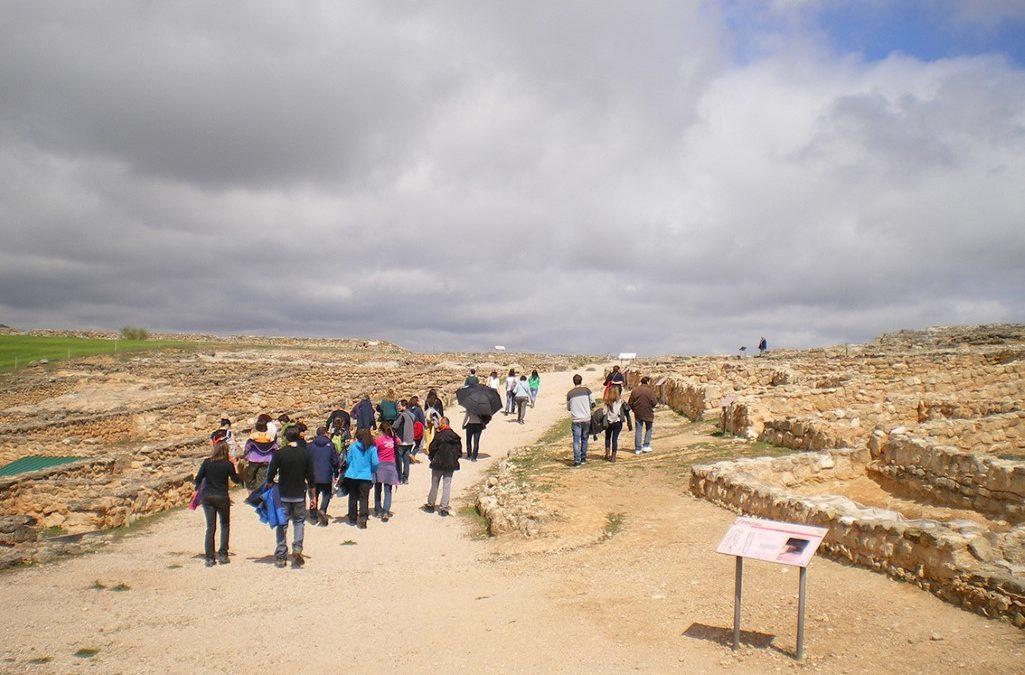 ARQUEOTOUR, una oferta de servicios de Turismo Arqueológico en un radio de 200 km alrededor de Madrid. Hablamos con su directora, Arancha Navarro Corella