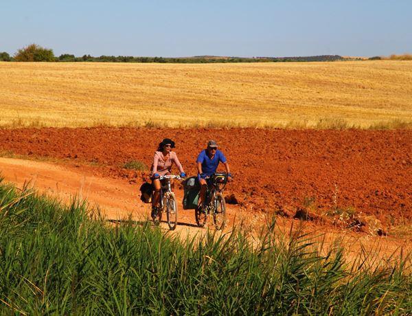 Ruta-del-Quijote-en-bicicleta-en-el-Campo-de-Montiel