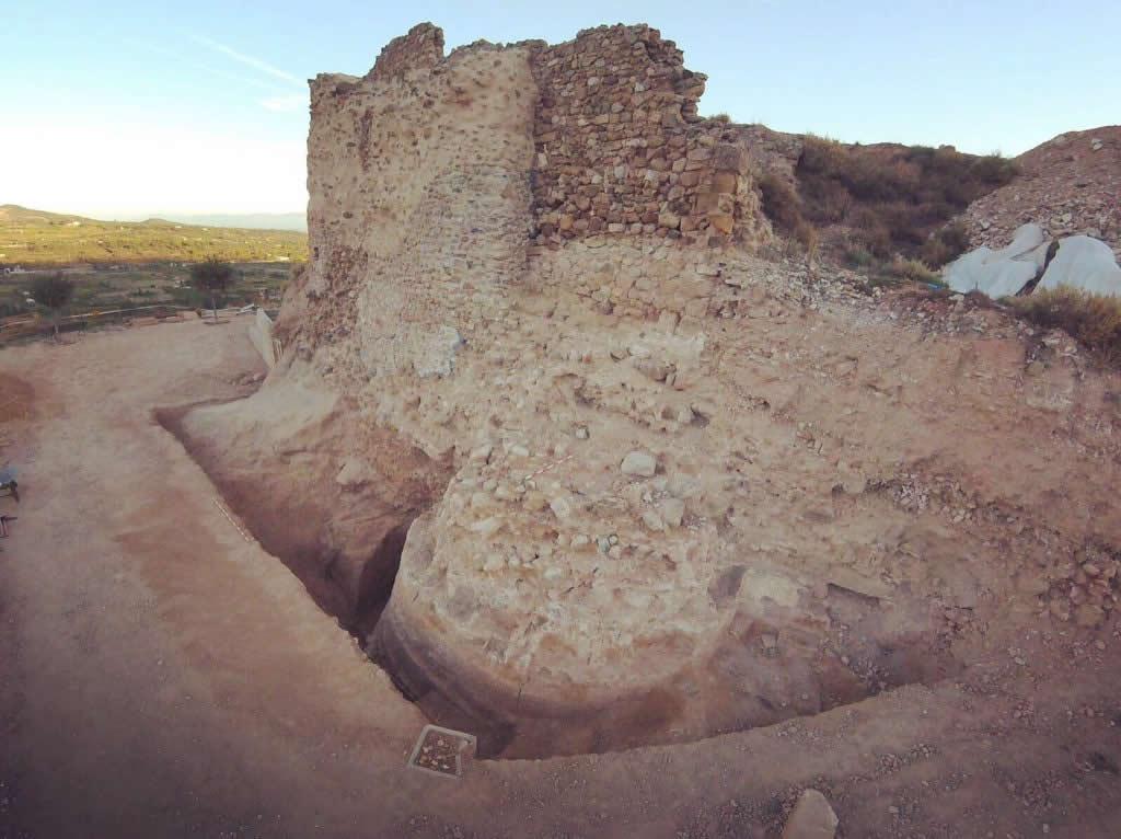 Excavaciones del Castillo de Nalda 07