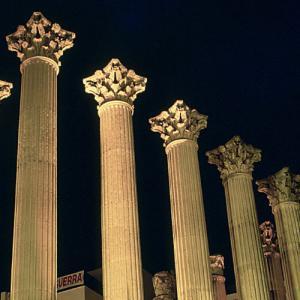 Templo Romano de Córdoba 02 ArqueoTrip