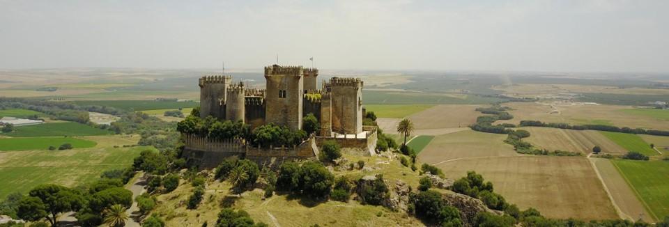 Visita al Castillo de Almodovar 01 ArqueoTrip