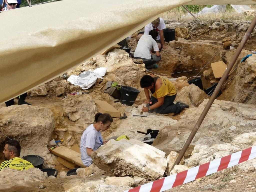 Valle de los Neandertales ArqueoTrip 02