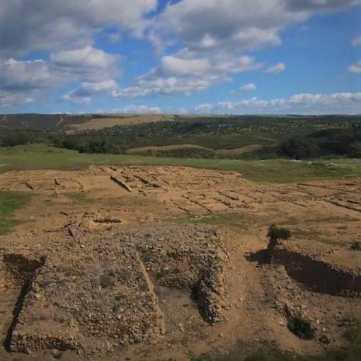 Vista general del yacimiento arqueológico de Tejada la Vieja