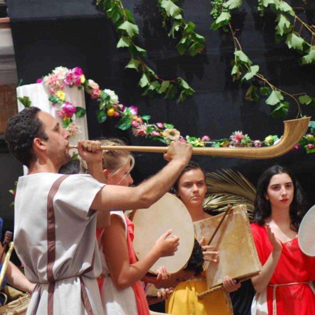 Musicos romanos en Aroche