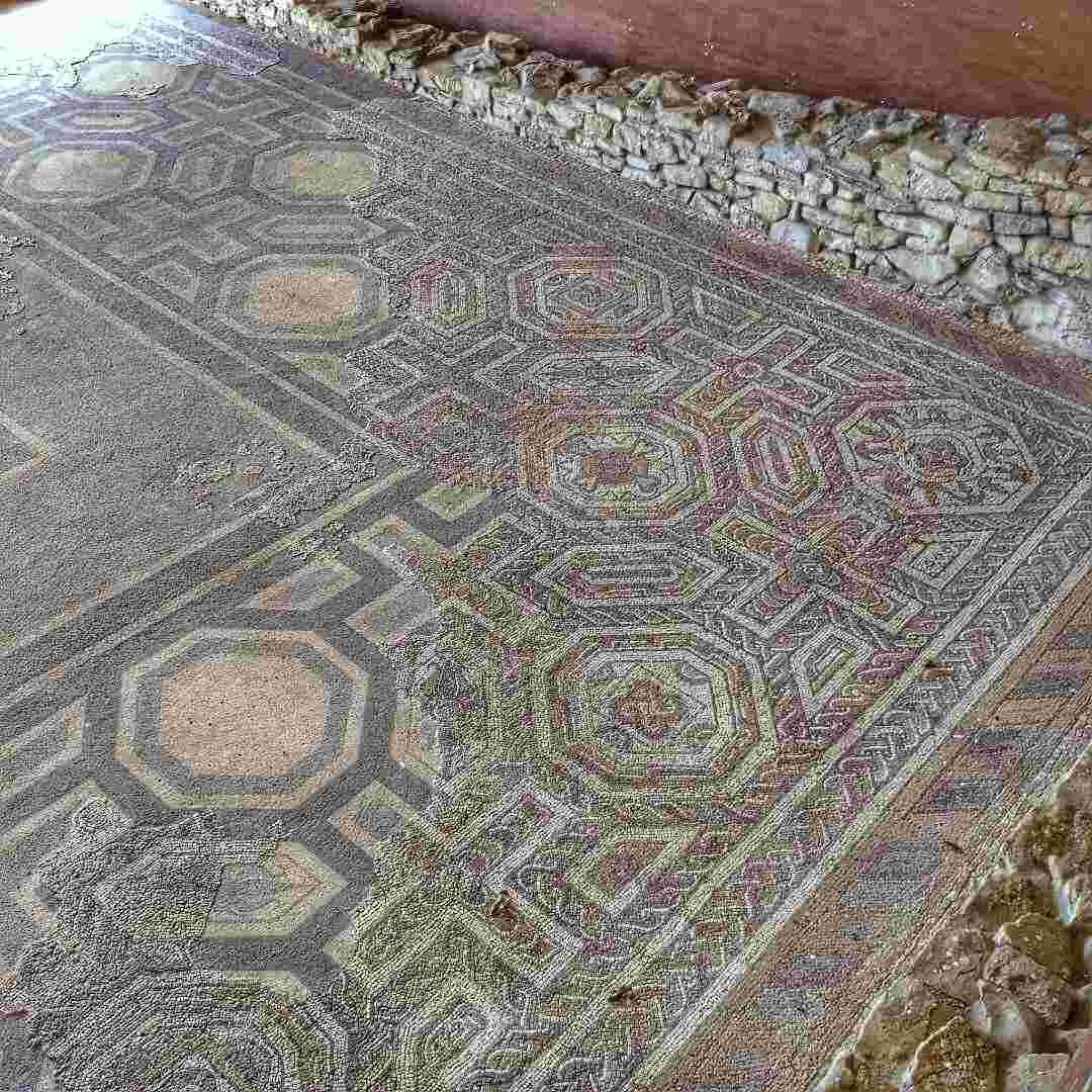 Villa Romana de Veranes Mosaico - ArqueoTrip