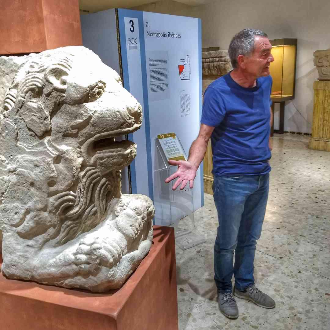 Visita al Museo de Castulo con su director Marcelo Castro