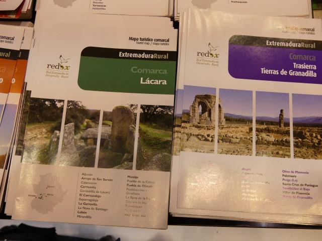 68.- Dolmen de Lácara, 69.- Ciudad romana de Cáparra en Guijo de Granadilla