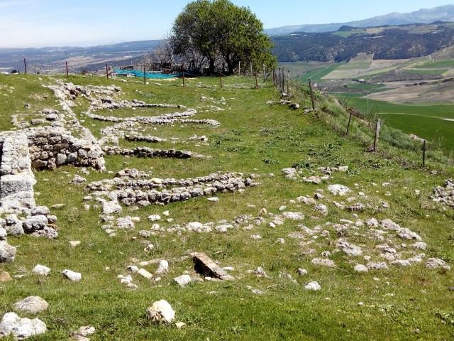 Acinipo cabañas protohistóricas ArqueoTrip
