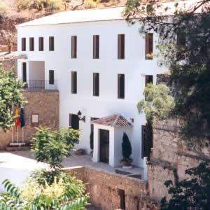 Visita Conjunto arqueológico de Almedinilla 01
