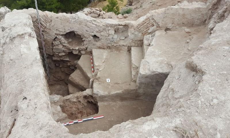 escaleras de caracol Castillo de Ayora ArqueoTrip