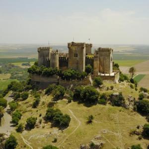 Visita al Castillo de Almodovar 02 ArqueoTrip