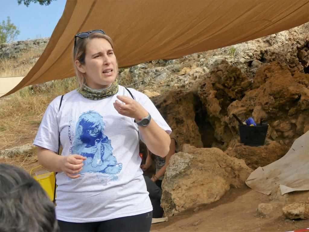 Valle de los Neandertales ArqueoTrip 06