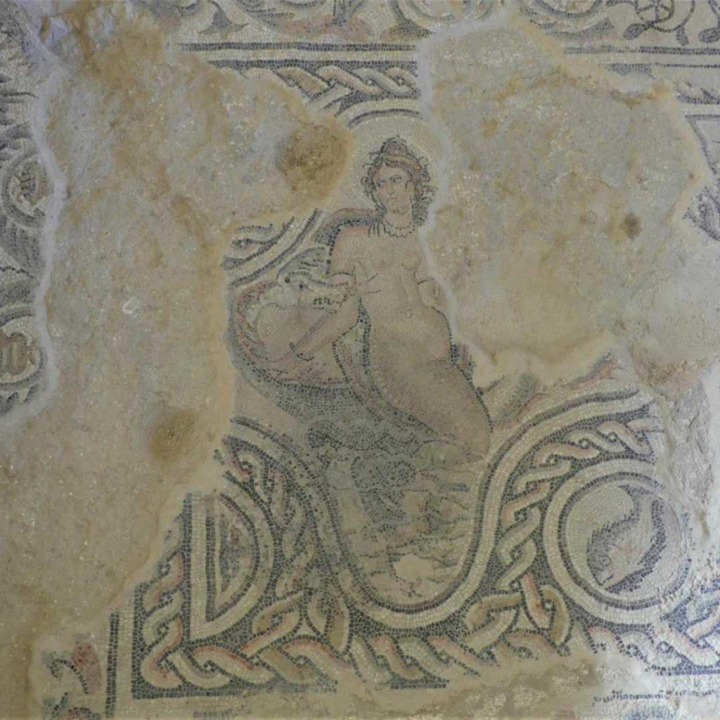 Mosaico de Anfítitre en la villa romana de Salar