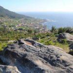 Ruta a Oia: Castros prehistóricos, bosques y mar