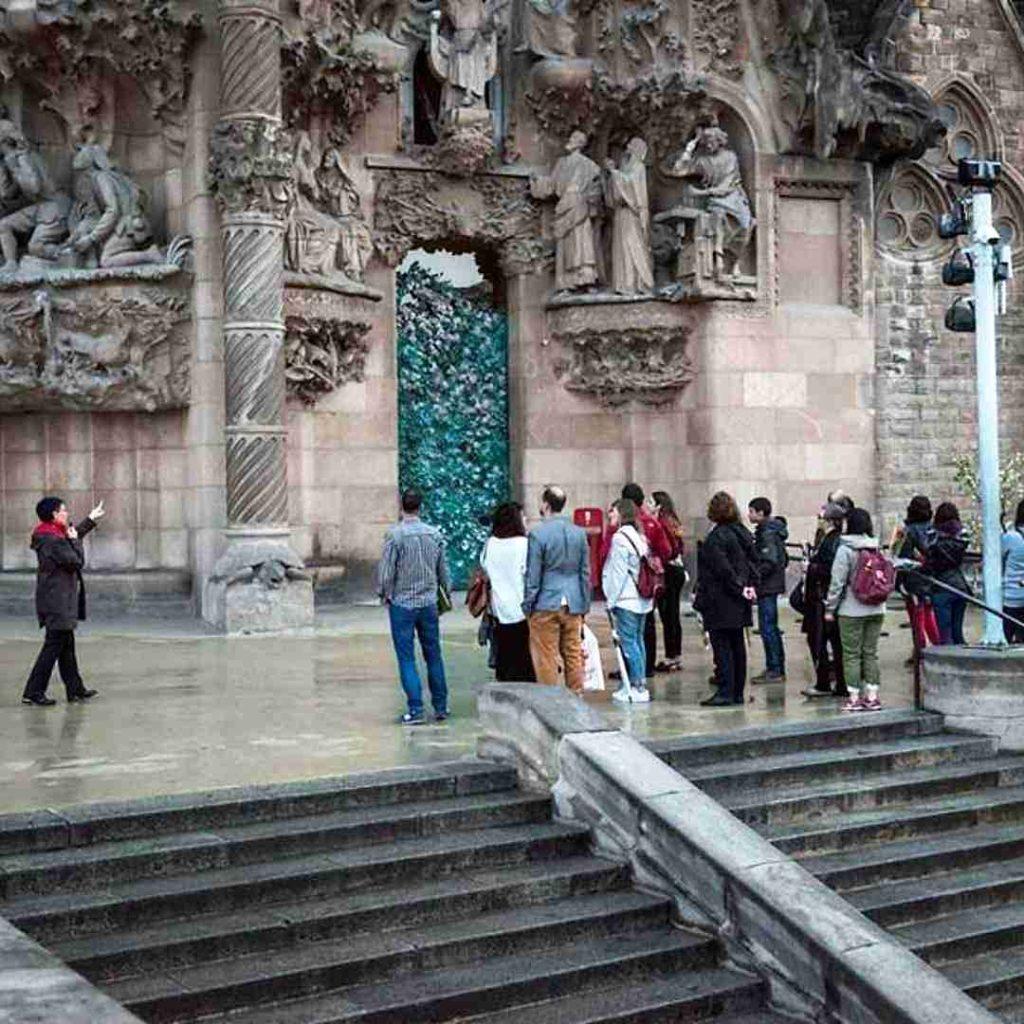 Núria Pujol en visita guiada a la Sagrada Familia