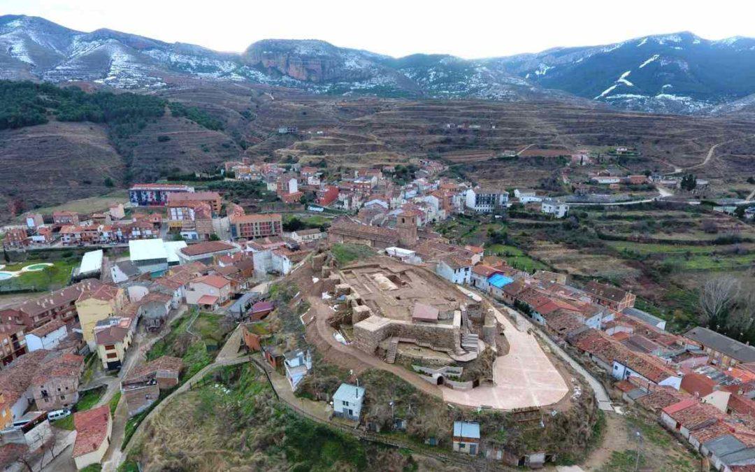 Castillo de Nalda y Sierra de Cameros en La Rioja