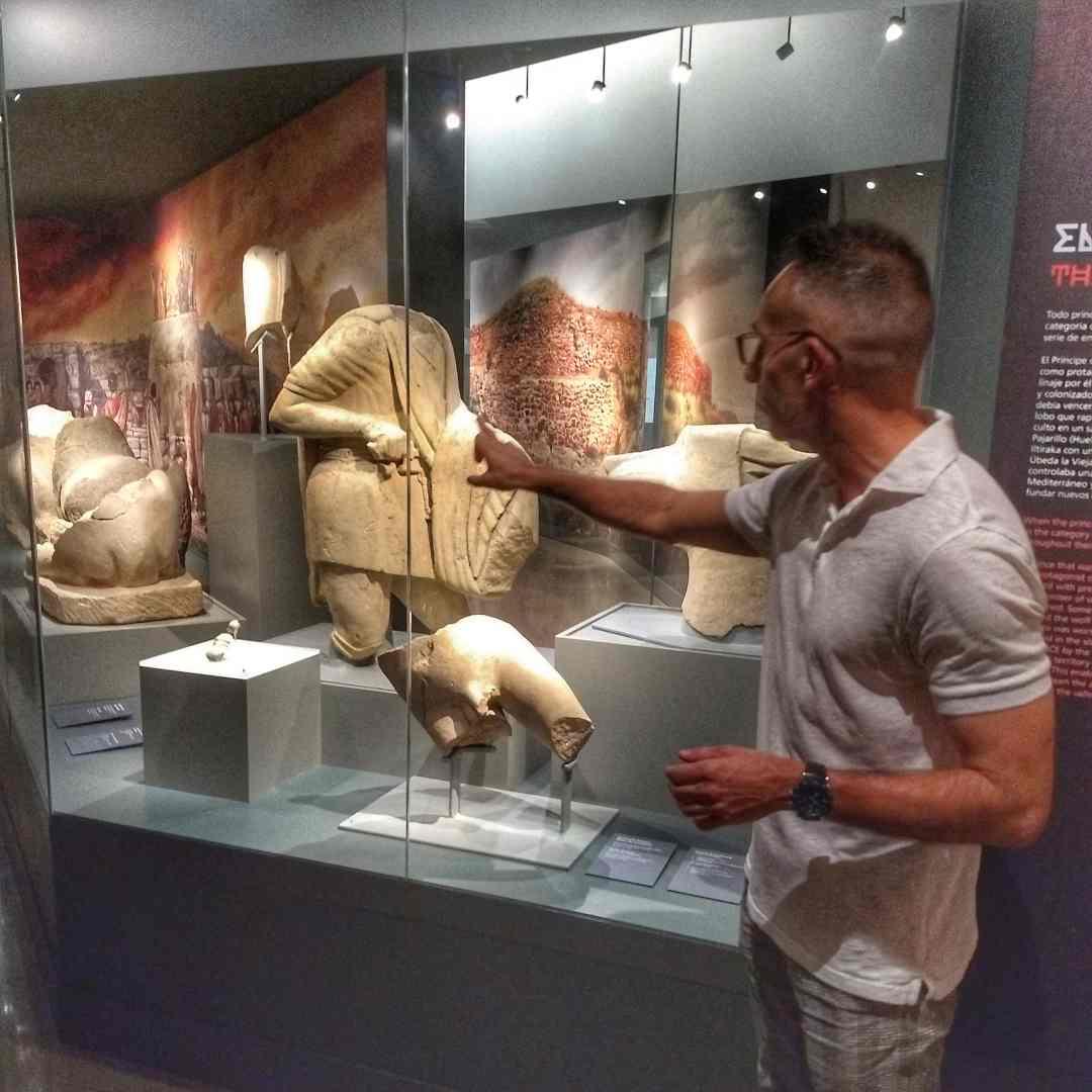 Visitando el Museo Íbero de Jaén con el arqueólogo Vicente Barba